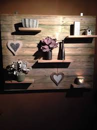 Pallet Wall Decoration With Shelves O 1001 Pallets
