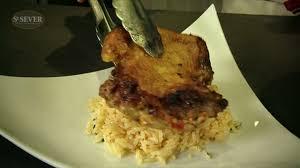 comment cuisiner une cuisse de poulet comment cuisiner une cuisse de volaille croustillante aux épices