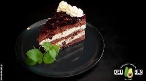 schwarze johannisbeeren schokoladen torte einfach backen