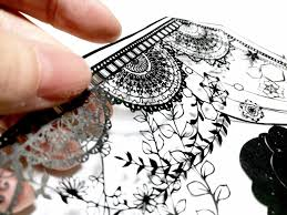 The Craft Is Called Kirie Japans Traditional Art Of Paper Cutting Which Artist Shares With Over 2000 Followers On Twitter