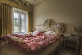 antikes schlafzimmer perry wiertz