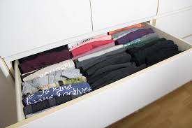 t shirts falten für mehr ordnung im kleiderschrank miss