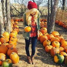 Kent Ohio Pumpkin Patches by 2017 Fall Fashion Essentials Her Campus