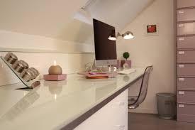 bureau beton ciré espace bureau avec sol en béton ciré décoratif bureau bétonciré