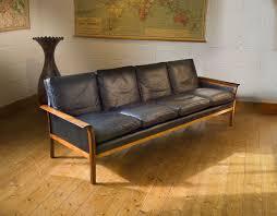 Stunning Mid Century Modern Leather Sofa Mid Century Modern