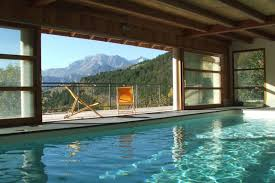 au cœur de la montagne grand chalet avec piscine intérieure privée