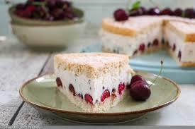 kirsch joghurt torte mit kakaosplitter c b with andrea