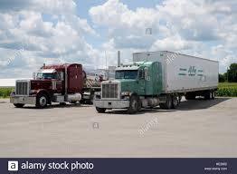 Trucks Highway Usa Stock Photos & Trucks Highway Usa Stock Images ...