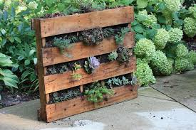 Recycled Projects For The Garden