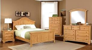 How To Decorate With Oak Furniture Best Bedroom Ideas On Distressed Farmhouse