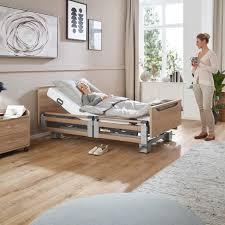 burmeier regia tsg duo pflegebett mit komplett geteilten seitensicherungen seitengitter senioren niedrig hochbett 26 80cm 24 volt fußtieflage