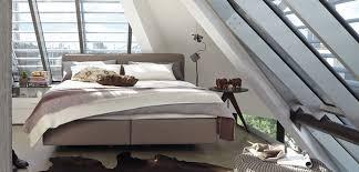 schlafzimmer trend boxspringbett was sind die vor und
