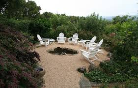 Pea Gravel Patio Images by Pea Gravel Patio Area With Naturalistic Sunken Fire Pit How To
