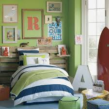 Nice Boys Bedroom Notice That They Used A Section Of Wooden Fencing For Headboard