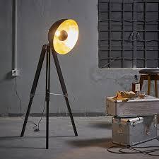 Photographers Tripod Floor Lamp Bronze Finish by Amazon Com Teamson Design Corp Vn L00019a Versanora Fascino 63