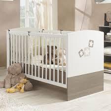 chambre bébé galipette lit bébé évolutif bois blanc frêne gris avec motifs noe galipette
