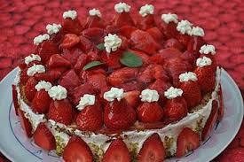 erdbeer bananen torte
