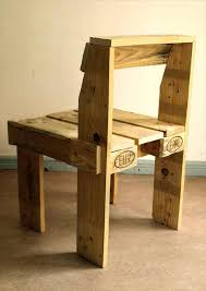 Simply Make Easy Wood Pallet Chairs