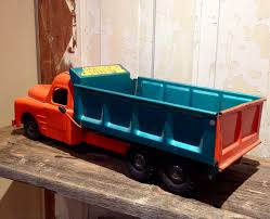 1950's Structo Hydraulic Toy Dump Truck. Vintage Toy Truck.