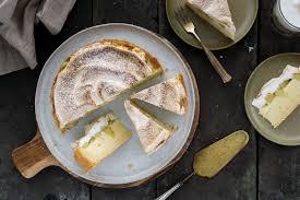 rhabarber pudding kuchen mit baiserhaube