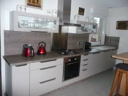 plan de travail meuble cuisine meuble de cuisine plan de travail une teinte sur mesure avec le