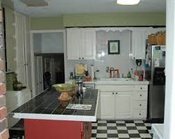 Paint Colors For Kitchen Cabinets And Walls by Can You Paint Kitchen Cabinets Two Colors In A Small Kitchen