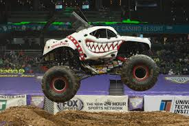 100 Big Truck Racing DeathGlam