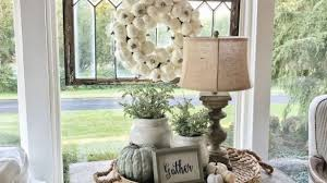 Centerpieces For Dining Room Tables Everyday by Best 25 Everyday Table Centerpieces Ideas Only On Pinterest