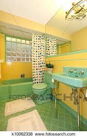 lindgrün und gelbes badezimmer alt antiker design