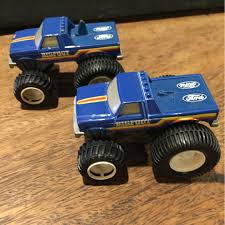 1991 Mattel Hot Wheels BIGFOOT Champions Fat Tracks Monster Truck ...