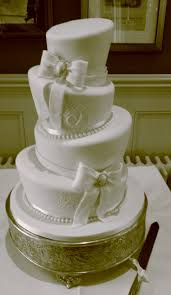 Pampered Chef Easy Accent Decorator Uk by 84 Best Wedding Cakes I U0027ve Made Images On Pinterest Wedding Cake