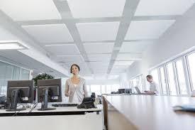 faux plafond bureau aménagement de faux plafond pour vos bureaux espace cloisons alu