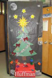 Kindergarten Christmas Door Decorating Contest by 61 Best Christmas Door Decorations Images On Pinterest Christmas