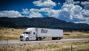 Western Express Offers Online Truck Driver Training Institute