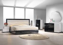 black mirrored bedroom furniture Simple Design of Mirrored
