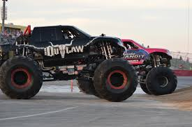 100 Monster Truck Race Maverik Clash Of The Titans MONSTER TRUCKSRMR
