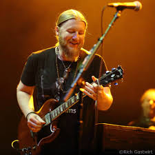 Tedeschi Trucks Band Cover Bowie, Jam With Jorma Kaukonen In Boston ... Tedeschi Trucks Band Three Sold Out Nights At The Chicago Theatre Phish Tour Continues In Las Vegas Night 2 Setlist Recap Utter Welcomes Blake Mills Carey Frank For Wheels Of Soul 2017 Front Row Music News Gallery Review Live Jimmy Herring Doyle Bramhall Ii Tedeschi Trucks Band Infinity Hall Live