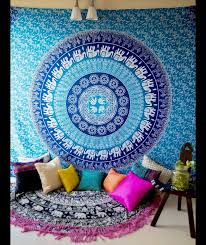 Great Ideas Change Your Old Room Look With Exclusive Tapestry