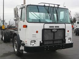 100 Brattain International Trucks 2009 AUTOCAR ACX64