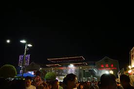 2014 ASIAN GARDEN MALL NIGHT MARKET WESTMINSTER PHUOC LOC THO