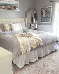 Rustic Farmhouse Style Master Bedroom Ideas 20