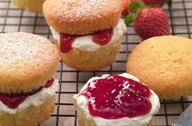 Mini Victoria Sponges Recipe
