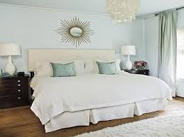 Ideas Master Bedroom Wall Decorating And