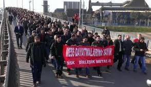 renault si e social turchia scioperano operai renault si uniscono gli operai della