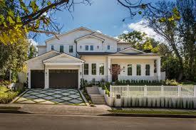 100 California Contemporary Homes EAST COAST CONTEMPORARY STYLE FARMHOUSE Luxury
