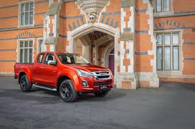 100 Isuzu Pick Up Truck 2020 DMax Up Spied With FullLED Headlights