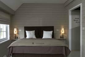 chambre en lambris chambre lambris galerie avec en collection avec deco chambre