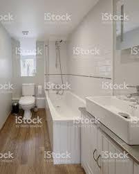 badezimmer stockfoto und mehr bilder ausrüstung und geräte