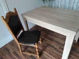 4 stühle und esszimmertisch