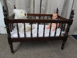 ANTIQUE C 1880 S SOLID WOOD BABY CRIB VINTAGE BABY DOLL & PLUSH